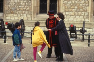 2046 32 David Lisa Julia Tower of London