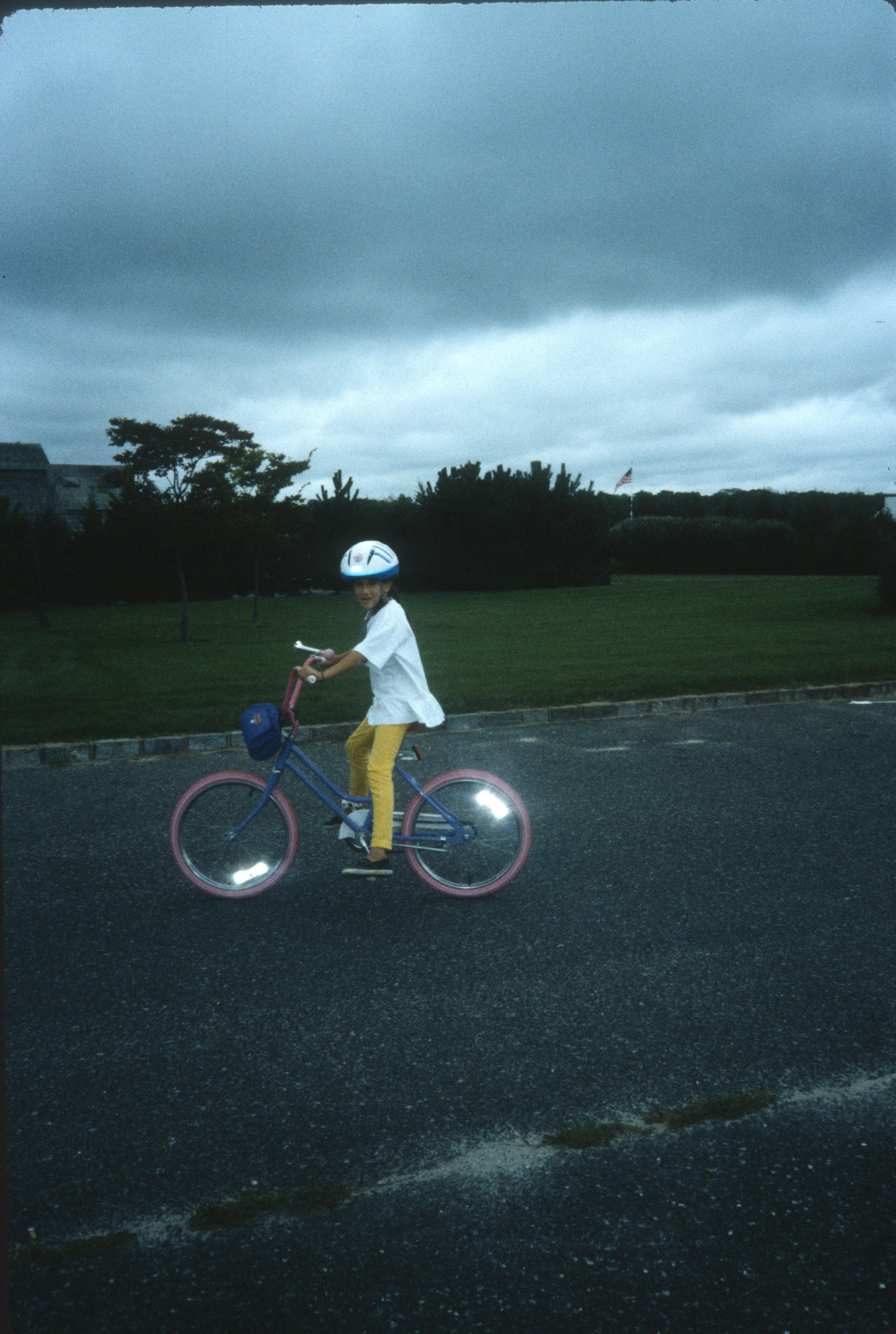 1853 17 Julia bike