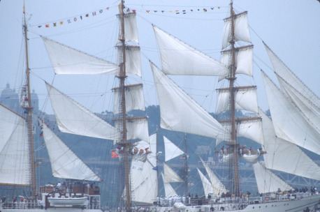 2737 36 Tall ships