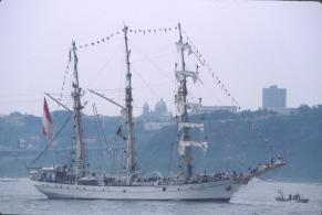2739 30 Tall ships