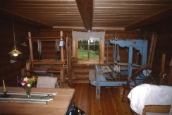 2764 10 Loom room